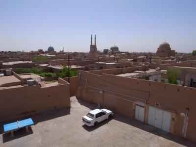 Petit apercu de la ville et des mosquees