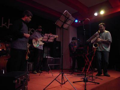 Excellent concert de jazz dans un petit club