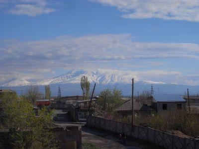 Le mont Ararat en toile de fond